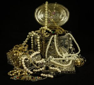 Overflowing jewelry and things